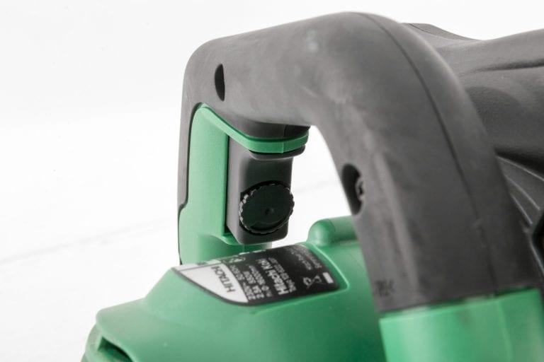 Button lock on the Hikoki blower