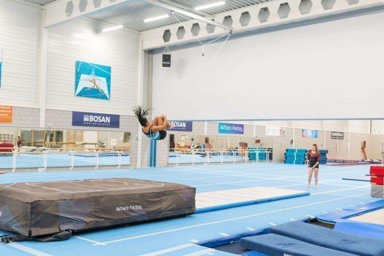 gymnast airbag somersault airfloor inside sportqube
