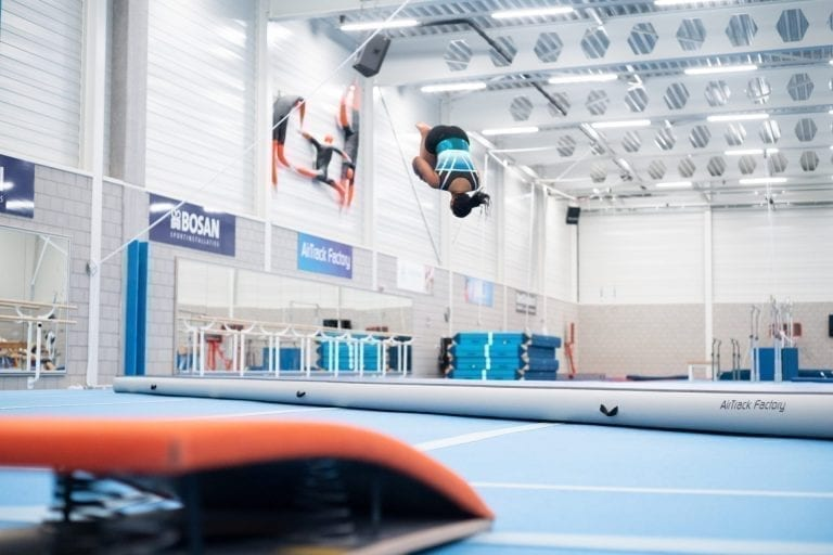 AirTrack Salto in Turnhal